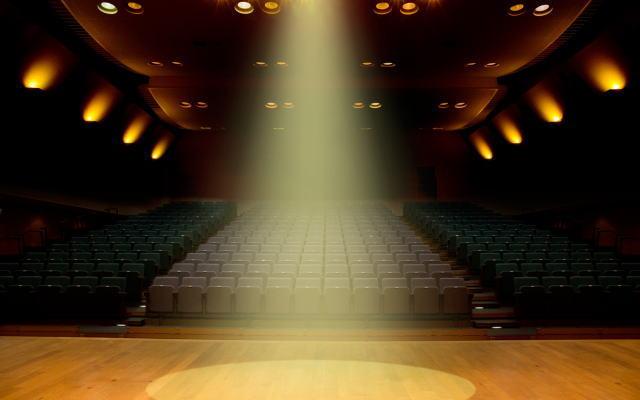 人生の舞台イメージ画像