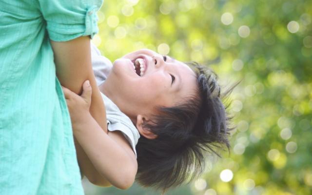 シングルマザーの幸せイメージ画像